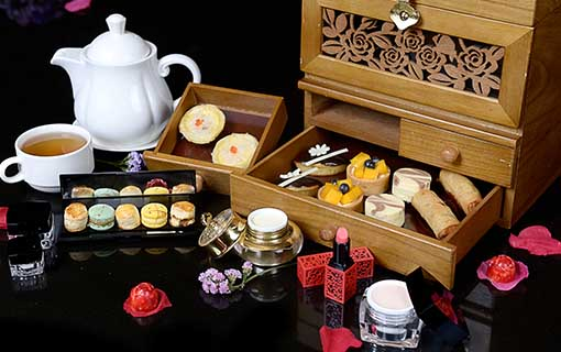 JEWELLERY AFTERNOON TEA BOX