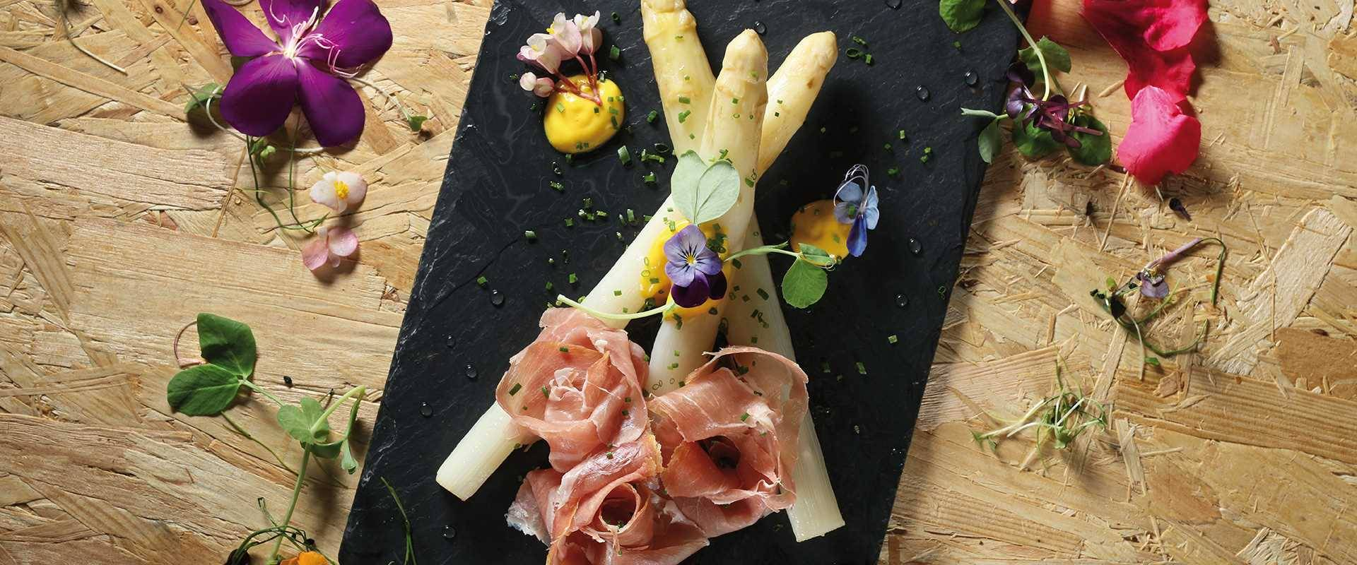 White Asparagus Comes to Town
