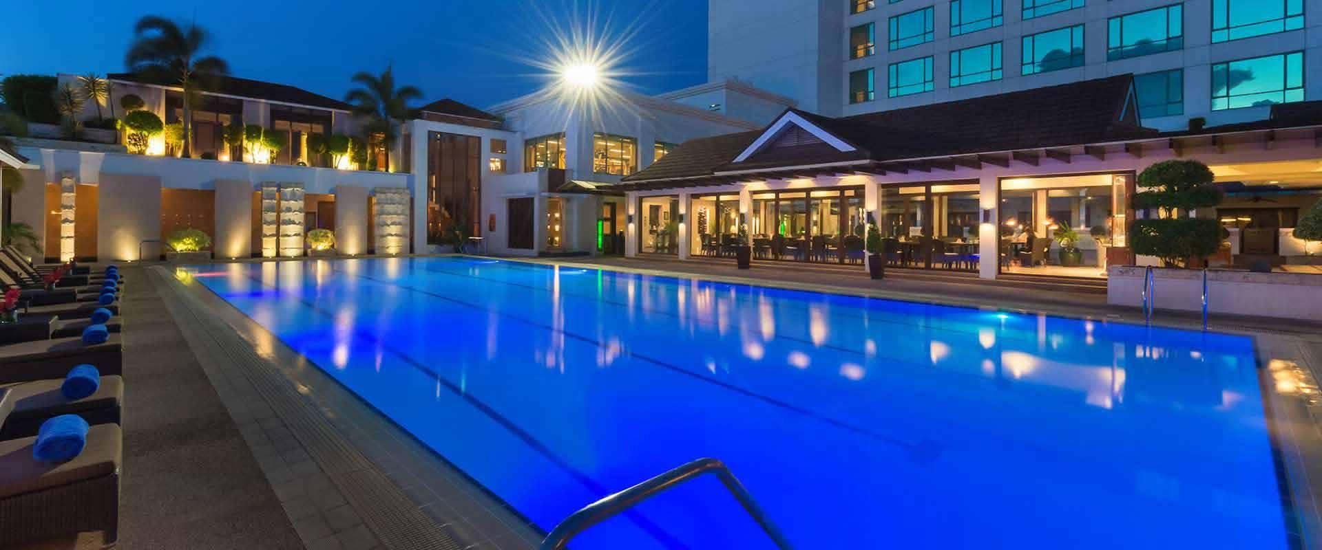 Swimming Pool Hotels : Minadanao davao hotel swimming pool marco polo