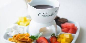 Chocolate Fondue Nights At Polo Bistro