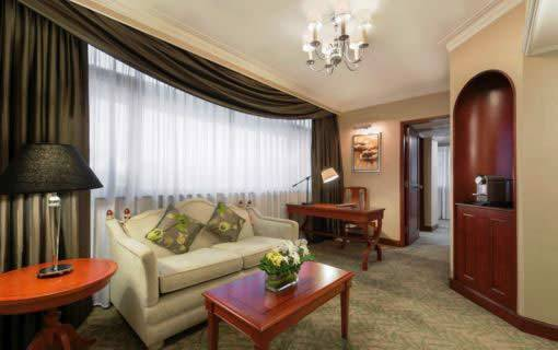 Continental Superior Suite