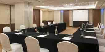 marco-polo-prn-xiamen-suites_meeting_card-340x170.jpg
